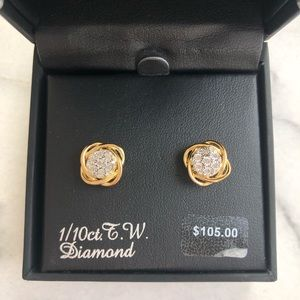 1/10ct. TW Diamond and Gold Stud Earings